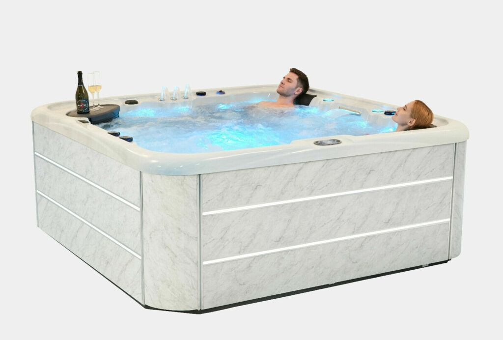 Polar Hot Tub Image